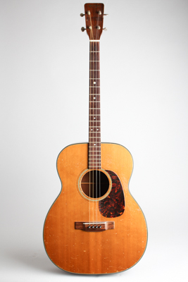 C. F. Martin  0-18T Flat Top Tenor Guitar  (1962)